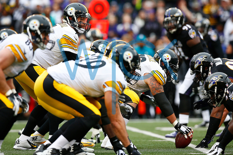Ben Roethlisberger #7 of the Pittsburgh Steelers lines up behind center against the Baltimore Ravens during the game at M&T Bank Stadium on December 27, 2015 in Baltimore, Maryland. (Photo by Jared Wickerham/DKPittsburghSports)