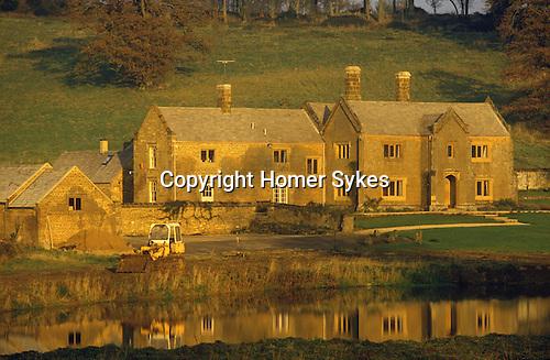 Great Tew Oxfordshire 1986. Cottenham Farm.