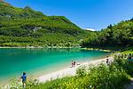 Italy, Trentino, near Tenno: Lake Tenno (Lago di Tenno) a popular swimming lake north of Lake Garda   Italien, Trentino, bei Tenno: der Tennosee, ein beliebter Berg- und Badesee noerdlich des Gardasees