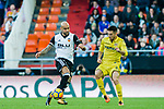 Simone Zaza of Valencia CF (L) fights for the ball with Antonio Rukavina of Villarreal CF (R) during the La Liga 2017-18 match between Valencia CF and Villarreal CF at Estadio de Mestalla on 23 December 2017 in Valencia, Spain. Photo by Maria Jose Segovia Carmona / Power Sport Images