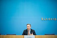 """Pressekonferenz des FDP-Bundes- und Fraktionsvorsitzenden Christian Lindner (im Bild), dem stellv. FDP-Fraktionsvorsitzender <br /> Michael Theurer und der gesundheitspolitischen Sprecherin der FDP-Fraktion Christine Aschenberg-Dugnus zum Thema """"Lehren aus einem Jahr Corona in Deutschland"""" am Dienstag den 26. Januar 2021 in Berlin. <br /> 26.1.2021, Berlin<br /> Copyright: Christian-Ditsch.de"""
