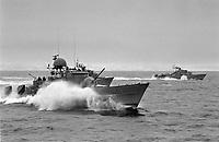 - NATO exercises in Norway, february 1986; Norwegian Navy, Hauk class missiles launcher fast patrol boats<br /> <br /> <br /> <br /> - Esercitazioni NATO in Norvegia, febbraio 1986; motosiluranti lanciamissili classe Hauk della Marina Norvegese