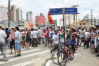 SAO PAULO, SP, 25 DE JANEIRO DE 2012 - BOLO ANIVERSARIO DE SAO PAULO - Protesto na cracolandia na Rua Helvetia com Rua Dino Bueno. (FOTO: ADRIANO LIMA - NEWS FREE).