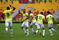 BUCARAMANGA - COLOMBIA, 07-11-2020: Jugadores de Atletico Bucaramanga, celebran el gol anotado al Jaguares de Cordoba F. C., durante partido entre Atletico Bucaramanga y Jaguares de Cordoba F. C., de la fecha 18 por la Liga BetPlay DIMAYOR 2020, jugado en el estadio Alfonso Lopez de la ciudad de Bucaramanga. / Players of Atletico Bucaramanga, celebrate a scored goal to Jaguares de Cordoba F. C., during a match between Atletico Bucaramanga and Jaguares de Cordoba F. C., of the 18th date for the BetPlay DIMAYOR League 2020 at the Alfonso Lopez stadium in Bucaramanga city. / Photo: VizzorImage / Jaime Moreno / Cont.