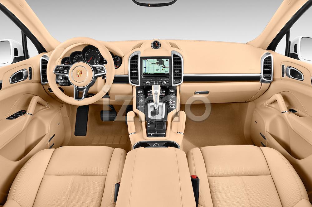 Stock photo of straight dashboard view of 2017 Porsche Cayenne - 5 Door SUV Dashboard
