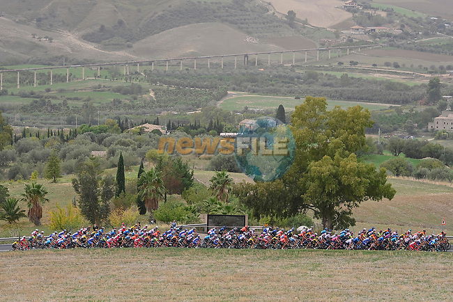 The peloton in action during Stage 3 of the 103rd edition of the Giro d'Italia 2020 running 150km from Enna to Etna (Linguaglossa-Piano Provenzana), Sicily, Italy. 5th October 2020.  <br /> Picture: LaPresse/Fabio Ferrari   Cyclefile<br /> <br /> All photos usage must carry mandatory copyright credit (© Cyclefile   LaPresse/Fabio Ferrari)