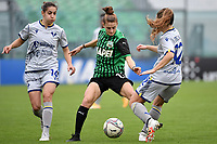 Ana Jelencic of Hellas Verona, Valeria Monterubbiano of Sassuolo and Sara Mella of Hellas Verona compete for the ball during the women Serie A football match between US Sassuolo and Hellas Verona at Enzo Ricci stadium in Sassuolo (Italy), November 15th, 2020. Photo Andrea Staccioli / Insidefoto