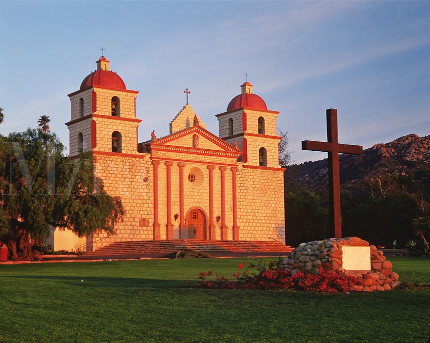 Exterior view of the Mission Santa Barbara 'Queen of the Missions'. Santa Barbara, California.