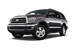 Stock pictures of low aggressive front three quarter view of 2017 Toyota Sequoia SR5 5 Door SUV Low Aggressive