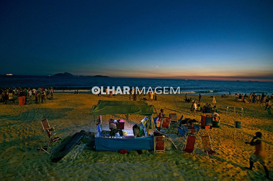 Noite na Praia do Arpoador em Ipanema. Rio de Janeiro. 2014. Foto de Rogerio Reis.