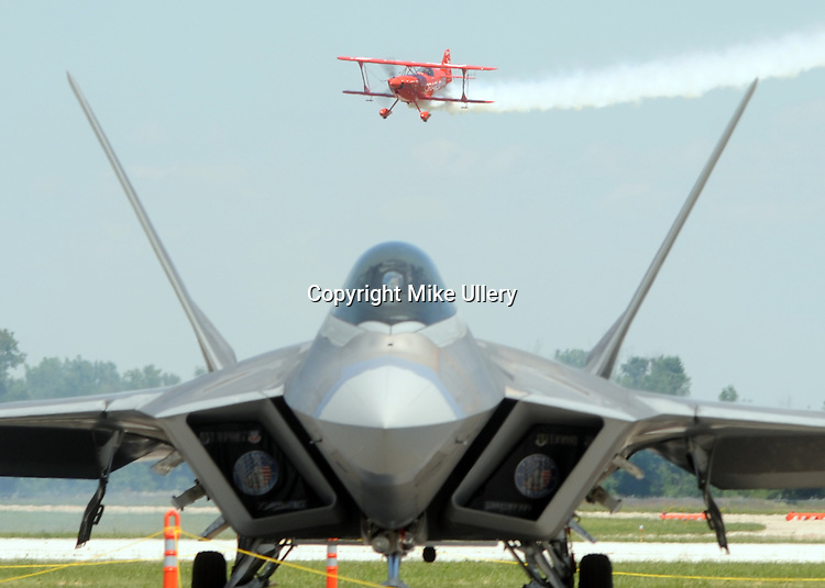 The Sunday edition of the 2016 Vectren Dayton Air Show.