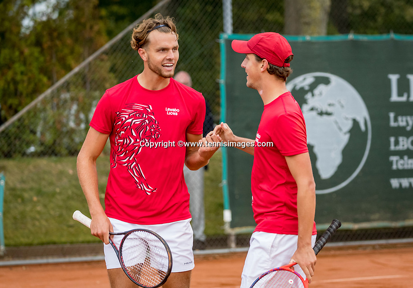 Netherlands, September 27,  2020, Beneden-Leeuwen, TV Lewabo, Competition, Men's premier league, TV Lewabo vs TV Suthwalda, Doubles: G.Wauters (NED) (L) and Justin Eleveld (NED) team Lewabo win the doubles and celebrate<br /> Photo: Henk Koster/tennisimages.com