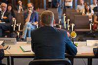 Vorstellung des Landesamt fuer Fluechtlingsangelegenheiten Berlin durch den Senator fuer Gesundheit und Soziales, Mario Czaja (CDU) am Mittwoch den 20. Juli 2016.<br /> Die neue Behoerde soll zum 1. August 2016 ihre Arbeit aufnehmen. Praesidentin des Landesamt fuer Fluechtlingsangelegenheiten (LAF) wird Claudia Langeheine, ehem. Direktorin des Landesamtes fuer Buerger- und Ordnungsangelegenheiten.<br /> Im Bild: Senator Czaja.<br /> 20.7.2016, Berlin<br /> Copyright: Christian-Ditsch.de<br /> [Inhaltsveraendernde Manipulation des Fotos nur nach ausdruecklicher Genehmigung des Fotografen. Vereinbarungen ueber Abtretung von Persoenlichkeitsrechten/Model Release der abgebildeten Person/Personen liegen nicht vor. NO MODEL RELEASE! Nur fuer Redaktionelle Zwecke. Don't publish without copyright Christian-Ditsch.de, Veroeffentlichung nur mit Fotografennennung, sowie gegen Honorar, MwSt. und Beleg. Konto: I N G - D i B a, IBAN DE58500105175400192269, BIC INGDDEFFXXX, Kontakt: post@christian-ditsch.de<br /> Bei der Bearbeitung der Dateiinformationen darf die Urheberkennzeichnung in den EXIF- und  IPTC-Daten nicht entfernt werden, diese sind in digitalen Medien nach §95c UrhG rechtlich geschuetzt. Der Urhebervermerk wird gemaess §13 UrhG verlangt.]