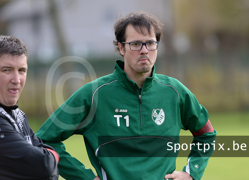 20151024 - ZWEVEZELE , BELGIUM : Tom Van Lommen pictured during a soccer match between the women teams of SKV Zwevezele Ladies and KSOC Maria Ter Heide  , during the eight matchday in the Third League - Derde Nationale season, Saturday 24 October 2015 . PHOTO DAVID CATRY