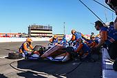 Scott Dixon, Chip Ganassi Racing Honda pit stop