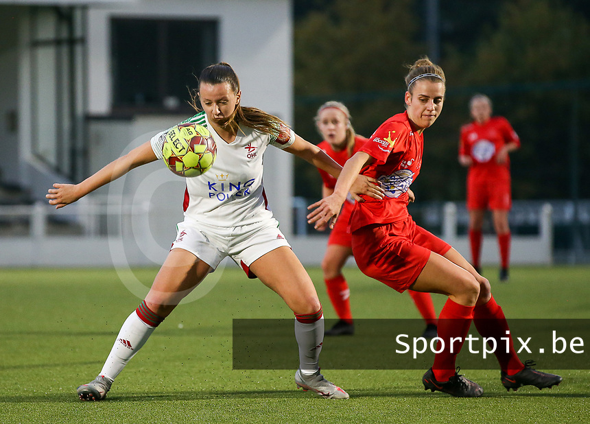 (Left to right) Hannah Eurlings of OHL (9) and Sheila Broos of Woluwe (20) in action during a female soccer game between Oud Heverlee Leuven and Femina White Star Woluwe  on the 5 th matchday of the 2020 - 2021 season of Belgian Womens Super League , Sunday 18 th of October 2020  in Heverlee , Belgium . PHOTO SPORTPIX.BE   SPP   SEVIL OKTEM