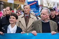 """Bis zu 2500 Anhaenger der Rechtspartei """"Alternative fuer Deutschland"""" (AfD) versammelten sich am Samstag den 7. November 2015 in Berlin zu einer Demonstration. Sie protestierten gegen die Fluechtlingspolitik der Bundesregierung und forderten """"Merkel muss weg"""". Die Demonstration sollte der Abschluss einer sog. """"Herbstoffensive"""" sein, zu der urspruenglich 10.000 Teilnehmer angekuendigt waren.<br /> Mehrere tausend Menschen protestierten gegen den Aufmarsch der Rechten und versuchten an verschiedenen Stellen die Route zu blockieren. Gruppen von AfD-Anhaengern wurden von der Polizei durch Einsatz von Pfefferspray, Schlaege und Tritte durch Gegendemonstranten, die sich an zugewiesenen Plaetzen aufhielten, zur rechten Demonstration gebracht. Zum Teil wurden sie von Neonazis-Hooligans dabei angefeuert. Dabei kam es zu Verletzten, mehrere Gegendemonstranten wurden festgenommen.<br /> Im Bild vlnr.: Frauke Petry, AfD-Vorsitzende; Alexander Gauland, AfD-Landesvorsitzender Brandenburg.<br /> 7.11.2015, Berlin<br /> Copyright: Christian-Ditsch.de<br /> [Inhaltsveraendernde Manipulation des Fotos nur nach ausdruecklicher Genehmigung des Fotografen. Vereinbarungen ueber Abtretung von Persoenlichkeitsrechten/Model Release der abgebildeten Person/Personen liegen nicht vor. NO MODEL RELEASE! Nur fuer Redaktionelle Zwecke. Don't publish without copyright Christian-Ditsch.de, Veroeffentlichung nur mit Fotografennennung, sowie gegen Honorar, MwSt. und Beleg. Konto: I N G - D i B a, IBAN DE58500105175400192269, BIC INGDDEFFXXX, Kontakt: post@christian-ditsch.de<br /> Bei der Bearbeitung der Dateiinformationen darf die Urheberkennzeichnung in den EXIF- und  IPTC-Daten nicht entfernt werden, diese sind in digitalen Medien nach §95c UrhG rechtlich geschuetzt. Der Urhebervermerk wird gemaess §13 UrhG verlangt.]"""