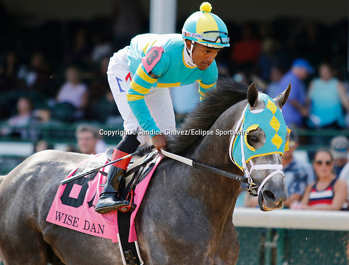 June 26,, 2021: #8 Field Pass in the Wise Dan Stakes (Grade 2) on the turf at Churchill Downs.  Louisville, KY on June 26, 2021.  Candice Chavez/ESW/CSM