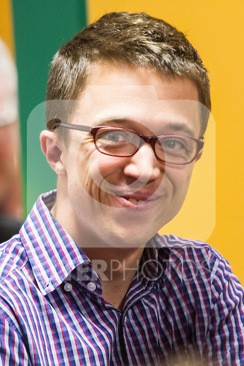 Spanish politician Inigo Errejon accompanies Pablo Iglesias, leader of Unidos Podemos party, casts his vote for the national elections of june 26 in Madrid, Spain. 26,06,2016. (ALTERPHOTOS/Rodrigo Jimenez)