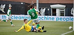 09.02.2020 BSC Glasgow v Hibs: Christian Doidge misses from close range