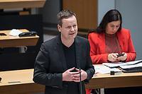 Plenarsitzung des Berliner Abgeordnetenhaus am Donnerstag den 14. Januar 2021.<br /> Im Bild: Kultursenator und stellv. Buergermeister Klaus Lederer (Linkspartei).<br /> 14.1.2021, Berlin<br /> Copyright: Christian-Ditsch.de