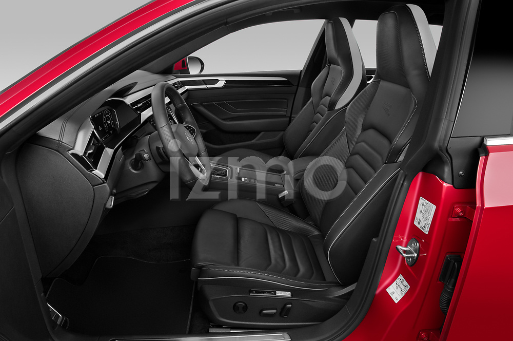 Front seat view of 2021 Volkswagen Arteon-SB R-Line 5 Door Wagon Front Seat  car photos