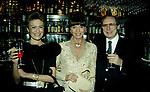 CARLA DE MARTINO , ELSA MARTINELLI E  BERTHOLD VON STOHRER<br /> COMPLEANNO ELSA MARTINELLI AL JEFF BLYNN'S   ROMA 2000