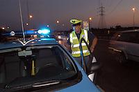 - highway patrol....- polizia stradale