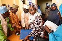 NIGER, Niamey, interreligiöser Dialog, Treffen bei CDIR-Niger Issa Ber , Fatouma Marie-Therése Djibo, Islamrat, Imame