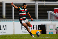 6th February 2021; Mattoli Woods Welford Road Stadium, Leicester, Midlands, England; Premiership Rugby, Leicester Tigers versus Worcester Warriors; Zack Henry of Leicester Tigers kicks a conversion