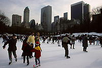 File Photo , New York , (NY) USA<br /><br /><br />People skating in Central Park, New York<br />(c) by Pierre Roussel / IMAGES DISTRIBUTION
