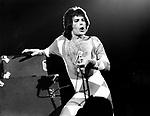 Queen 1977 Freddie Mercury..© Chris Walter..