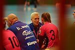 Metzingens Trainer Edina Rott beim Spiel in der 1. Bundesliga, Kurpfalz Baeren - TuS Metzingen.<br /> <br /> Foto © PIX-Sportfotos *** Foto ist honorarpflichtig! *** Auf Anfrage in hoeherer Qualitaet/Aufloesung. Belegexemplar erbeten. Veroeffentlichung ausschliesslich fuer journalistisch-publizistische Zwecke. For editorial use only. DFL regulations prohibit any use of photographs as image sequences and/or quasi-video.