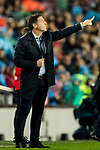Coach Eduardo Berizzo of Sevilla FC gestures during the La Liga 2017-18 match between FC Barcelona and Sevilla FC at Camp Nou on November 04 2017 in Barcelona, Spain. Photo by Vicens Gimenez / Power Sport Images