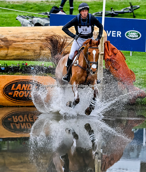 April 24, 2021: Tim Price competes in the Cross Country phase of the Land Rover 5* 3-Day Event aboard Bango at the Kentucky Horse Park in Lexington, Kentucky. Scott Serio/Eclipse Sportswire/CSM