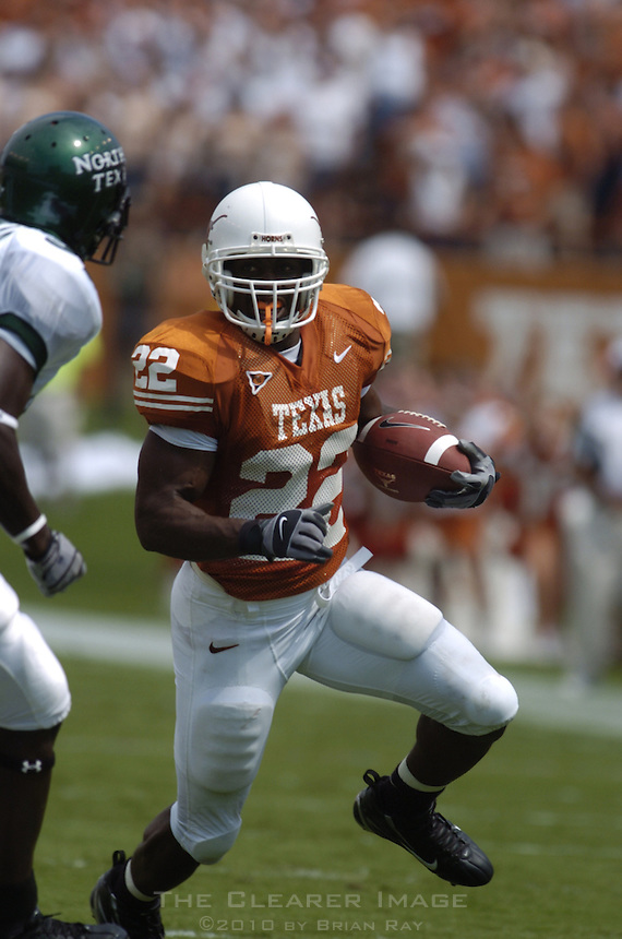 02 September 2006: University of Texas back Selvin Young breaks past a University of North Texas defender during the Longhorns game against the Eagles at Darrell K Royal Memorial Stadium in Austin, TX.