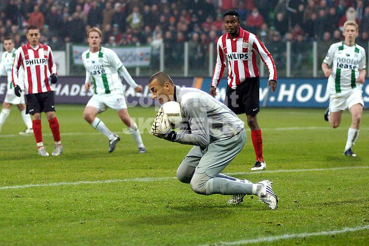 fc groningen -psv eredivisie seizoen 2007-2008 26-12- 2007 gomes redt..fotograaf Jan Kanning *** Local Caption ***