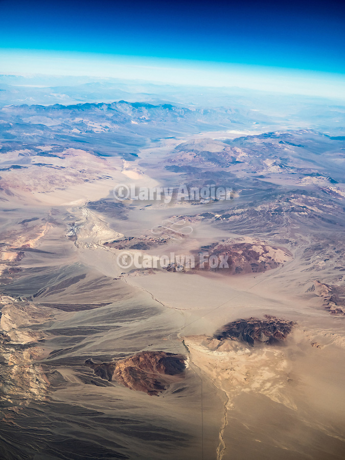 Mojave Desert, California from a window seat–America's flyover country: SMF-LAX-MDW