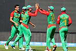 Bangladesh celebrate taking Hamish Gardiner's wicket. ICC Cricket World Cup 2015, Bangladesh v Scotland, 5 March 2015,  Saxton Oval, Nelson, New Zealand, <br /> Photo: Marc Palmano/shuttersport.co.nz