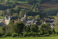 Europe, France, Aquitaine, Pyrénées-Atlantiques, Béarn, Vallée d'Aspe, Bedous  // Europe, France, Aquitaine, Pyrenees Atlantiques, Bearn,  Aspe valley , Bedous