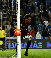 BOGOTA - COLOMBIA - 09 – 05 - 2017: German Caffa, portero de Cortulua, en acción, durante partido de la fecha 17 entre Millonarios y Cortulua,  por la Liga Aguila I-2017, jugado en el estadio Nemesio Camacho El Campin de la ciudad de Bogota. / German Caffa, goalkeeper of Cortulua in action during a match of the date 17th between Millonarios and Cortulua,  for the Liga Aguila I-2017 played at the Nemesio Camacho El Campin Stadium in Bogota city, Photo: VizzorImage / Luis Ramirez / Staff.