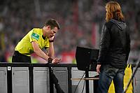 13.10.2017,  Football 1.Liga 2017/2018, 8. match day, VfB Stuttgart - 1.FC Koeln, in Mercedes-Benz-Arena Stuttgart. referee Benjamin Cortus and Videoreferee *** Local Caption *** © pixathlon<br /> <br /> +++ NED + SUI out !!! +++<br /> Contact: +49-40-22 63 02 60 , info@pixathlon.de