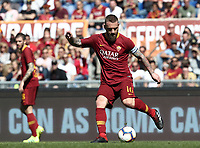 Football, Serie A: AS Roma - SSC Napoli, Olympic stadium, Rome, March 31, 2019. <br /> Roma's captain Daniele De Rossi in action during the Italian Serie A football match between Roma and Napoli at Olympic stadium in Rome, on March 31, 2019.<br /> UPDATE IMAGES PRESS/Isabella Bonotto
