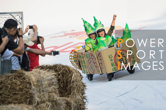 Team 最佳筍友  in action during the Red Bull Soapbox Race 2017 Taipei at Multipurpose Gymnasium National Taiwan Sport University on 01 October 2017, in Taipei, Taiwan. Photo by Victor Fraile / Power Sport Images