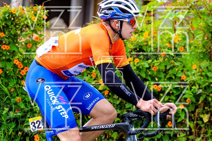 LLANOGRANDE - COLOMBIA, 14-02-2019: Alvaro Hodeg (COL), equipo Deceuninck - Quick Step Floors, durante la tercera etapa del Tour Colombia 2.1 2019 con un recorrido de 167.6 Km, que se corrió en un circuito con salida y llegada en el Complex Llanogrande. / Alvaro Hodeg (COL), Deceuninck - Quick Step Floors team, during the third stage of the Tour Colombia 2.1 2019 with a distance of 167.6 km, which was run on a circuit with start and finish at the Complex Llanogrande. Photo: VizzorImage / Anderson Bonilla / Cont.
