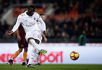 Calcio, Serie A: Roma vs Milan. Roma, stadio Olimpico, 12 dicembre 2016.<br /> Milan's M'Baye Niang fails to score on a penalty kick during the Italian Serie A football match between Roma and AC Milan at Rome's Olympic stadium, 12 December 2016.<br /> UPDATE IMAGES PRESS/Isabella Bonotto