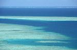 lagon de Mayotte. Archipel des Comores. Océan Indien. Mayotte lagoon. Comores archipelago. Indian OceanAvec une superficie de 1125 km2 , le lagon est trois fois plus vaste que les terres emergees. Ourlee dun recif frangeant, lile est protegee par un second recif-barriere denviron 200 kilometres de long qui lentoure a quelques miles des cotes. Ce lagon - un des plus grand de lOcean Indien - accueille plus dune vingtaine despeces de cetaces.