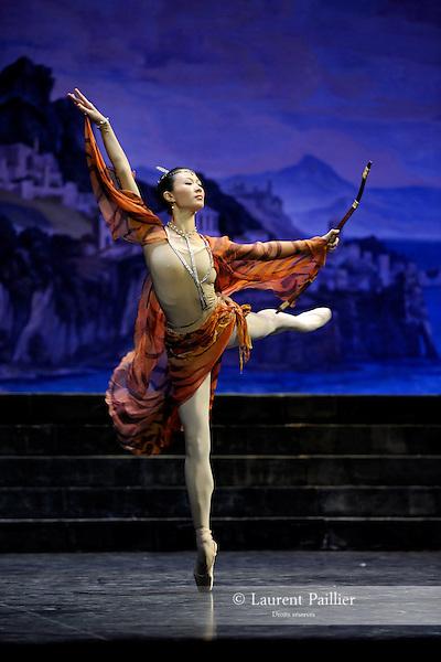 """ZHU<br /> Zhu Yan dans """"Sylvia"""" de Louis Mérante<br /> National Ballet of China à l'Opéra Garnier de Paris le 09/01/2009"""