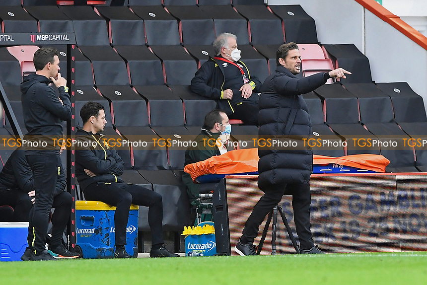 AFC Bournemouth Manager Jason Tindall makes a point from the dugout during AFC Bournemouth vs Reading, Sky Bet EFL Championship Football at the Vitality Stadium on 21st November 2020
