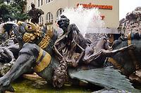 - Germania, Norimberga, fontana Giostra del Matrimonio (Ehekarussell) <br /> <br /> - Germany, Nuremberg, Marriage Roundabout fountain (Ehekarussell)